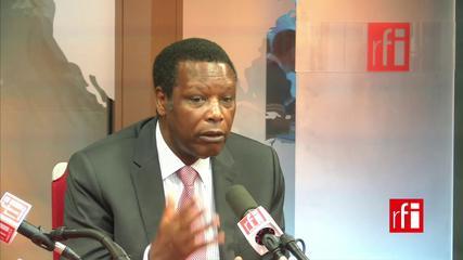 Pierre Buyoya au studio de RFI